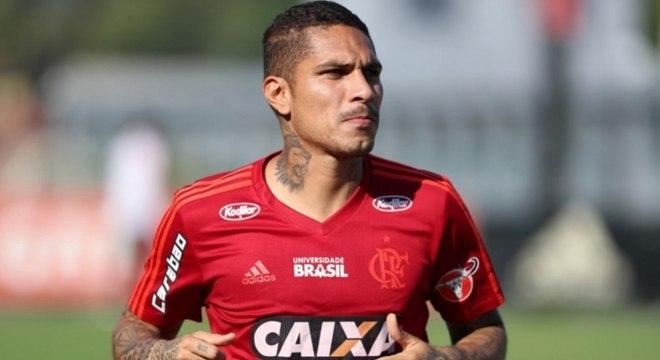 Guerrero está em fim de contrato com o Flamengo