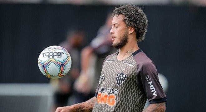 O Flamengo quer também Guga, do Atlético. Mas Sampaoli não quer reforçar rival