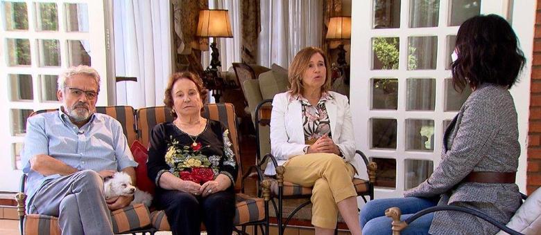 Emocionada, Maria do Céu, mãe de Gugu, desabafa em entrevista