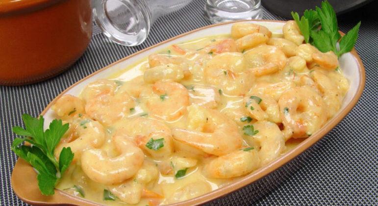 Guia da Cozinha - 10 receitas com camarão para fazer em menos de 1 hora