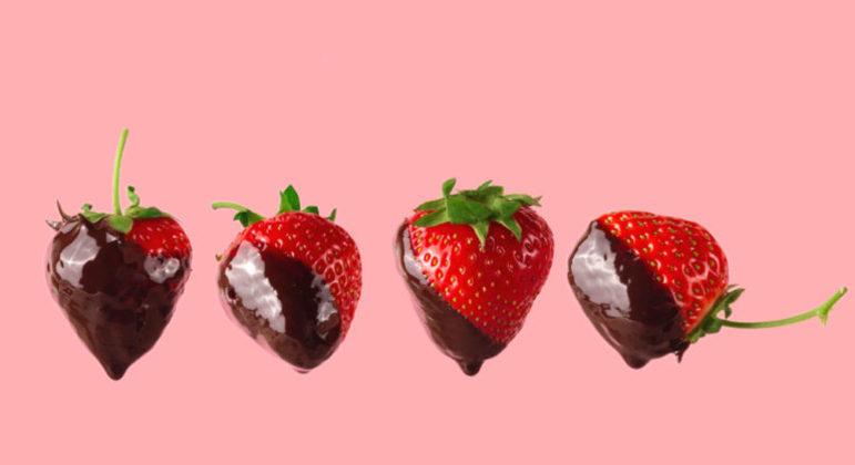 Guia da Cozinha - 12 sobremesas de chocolate com morango para o Dia dos Namorados