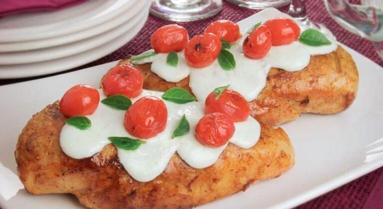 Guia da Cozinha - 5 receitas caprese para se deliciar com a culinária italiana