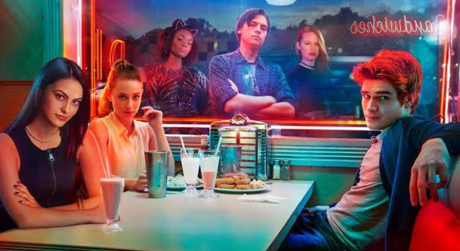 """Guia da Cozinha - 5 receitas de milk-shake inspiradas na série """"Riverdale"""""""