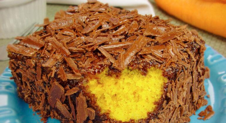 Guia da Cozinha - 6 receitas irresistíveis de bolo de cenoura para provar e aprovar
