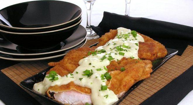 Guia da Cozinha - Almoço especial com peixe frito ao leite de coco