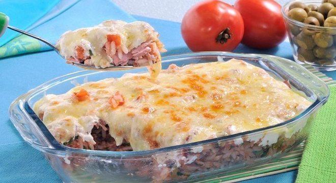 Guia da Cozinha - Almoço rápido e fácil: arroz gratinado com atum