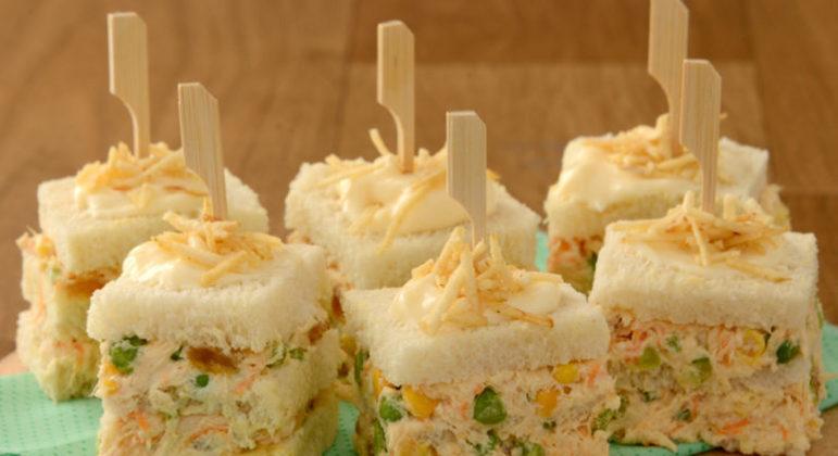 Guia da Cozinha - Aperitivos deliciosos com salpicão para provar em família