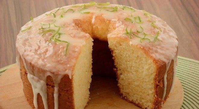 Guia da Cozinha - As melhores receitas de bolos com calda para se deliciar