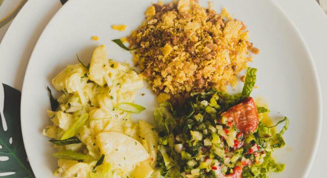 Guia da Cozinha - As melhores receitas de vinagrete, maionese e farofa