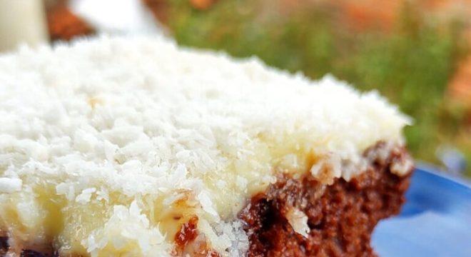 Guia da Cozinha - Bolo prestígio cremoso: fofinho e molhadinho!