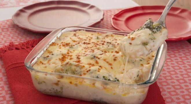Guia da Cozinha - Brócolis gratinado: fonte de proteína em suas refeições