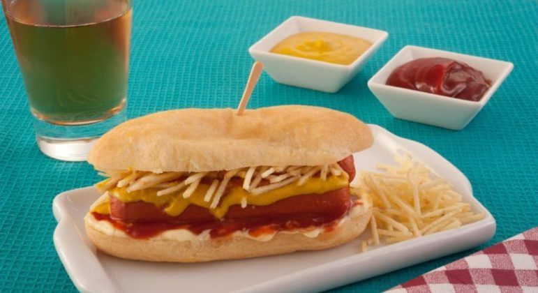 Guia da Cozinha - Cachorro-quente com pão de queijo especial