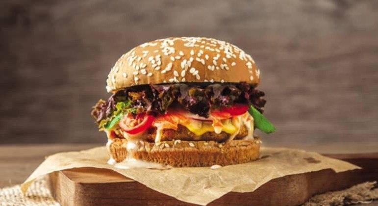 Guia da Cozinha - Cardápio vegetariano para uma noite de lanches deliciosa