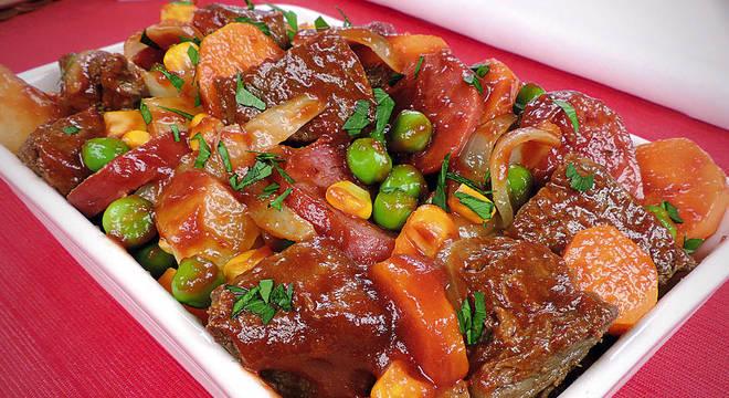 Guia da Cozinha - Carne de panela: receitas para fazer em até 45 minutos
