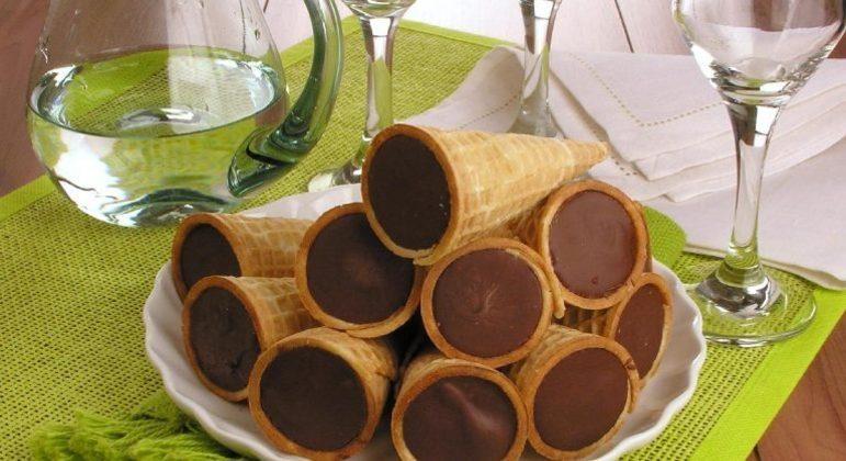 Guia da Cozinha - Casquinha trufada de chocolate para saborear em casa ou vender