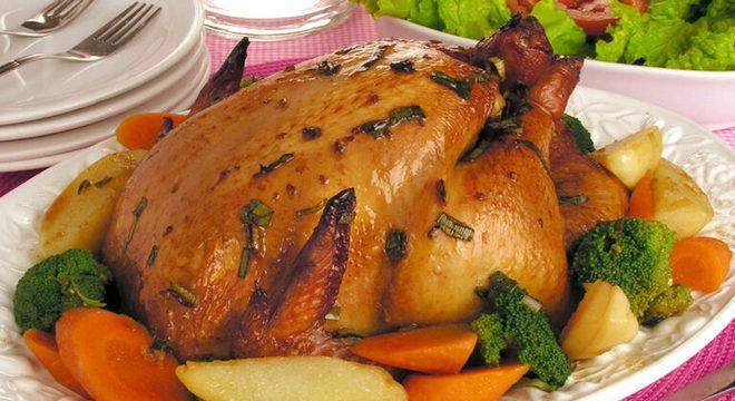 Guia da Cozinha - Ceia de Natal econômica: veja opções fáceis e deliciosas que não pesam no bolso