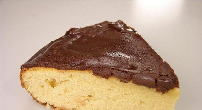 Guia da Cozinha - Cobertura durinha de chocolate