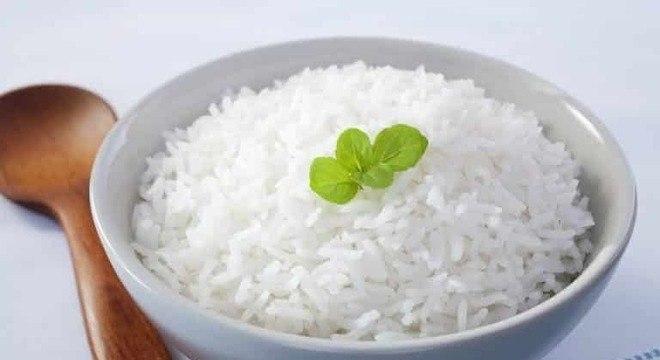 Guia da Cozinha - Como fazer arroz soltinho: truques valiosos para não errar