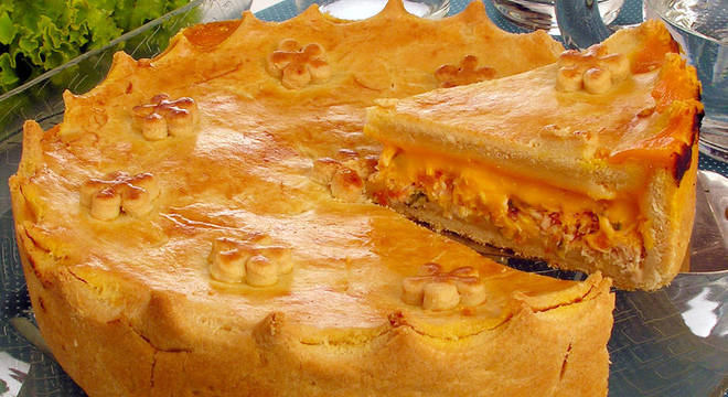 Guia da Cozinha - Da torta de frango ao pastel de leite ninho: 5 receitas incríveis para sair da rotina e compartilhar com a família