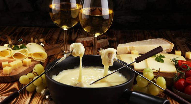 Guia da Cozinha - Dia dos Namorados: receitas de fondue para surpreender a pessoa amada