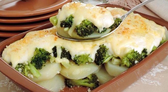 Guia da Cozinha - Gratinado de brócolis e batata: opção rápida para todas as refeições