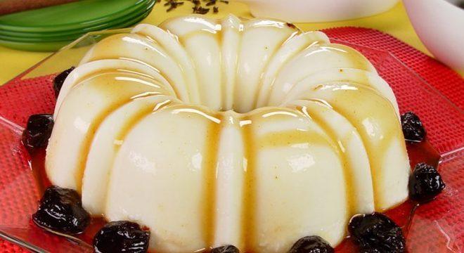 Guia da Cozinha - Manjar de coco com leite condensado: simplesmente divino!
