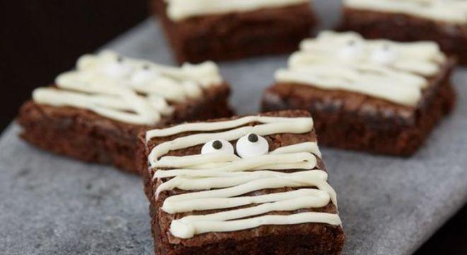 Guia da Cozinha - Mini brownies superfáceis  para o Halloween