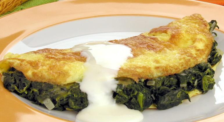 Guia da Cozinha - Omelete de espinafre pronta em 20 minutos