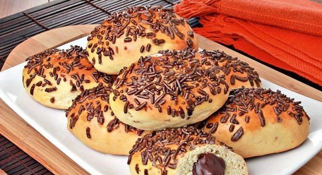 Guia da Cozinha - Pão doce com recheio de chocolate
