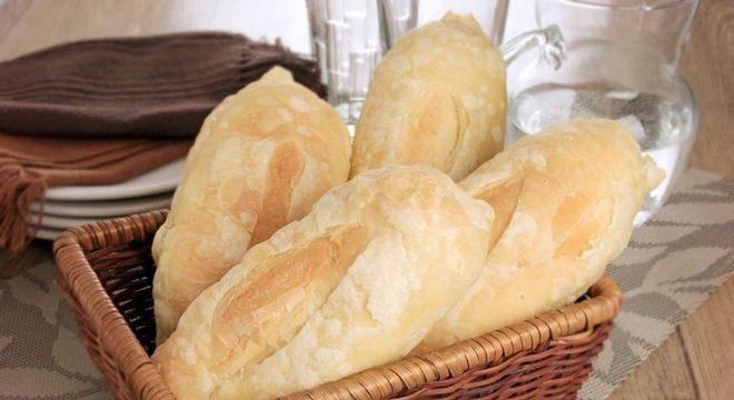Guia da Cozinha - Pão francês folhado caseiro para experimentar já
