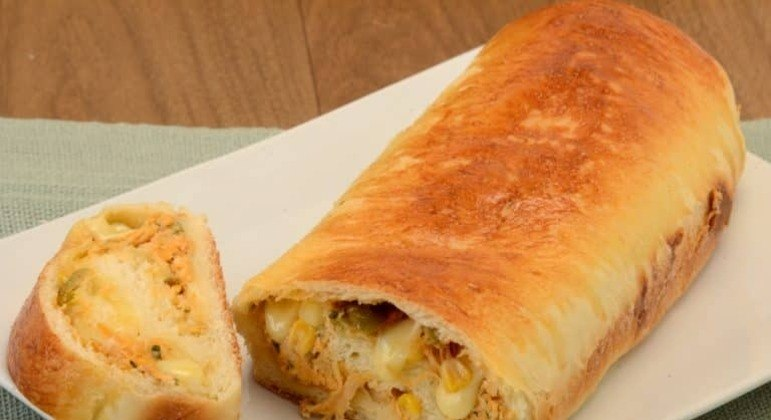 Guia da Cozinha - Pão recheado de frango e queijo