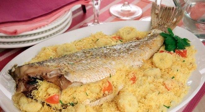 Guia da Cozinha - Peixe recheado: receitas para um jantar caprichado