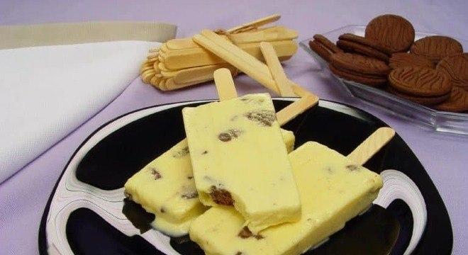 Guia da Cozinha - Picolé de creme com cookies: sobremesa de dar água na boca