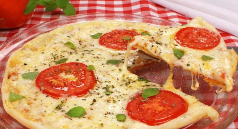 Guia da Cozinha - Pizza de tapioca sabor marguerita: pronta em 40 minutos