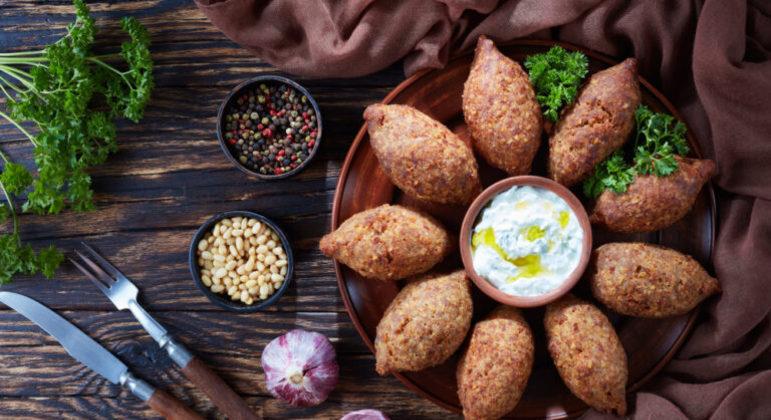 Guia da Cozinha - Quibe: 8 receitas diferentes e saborosas para provar