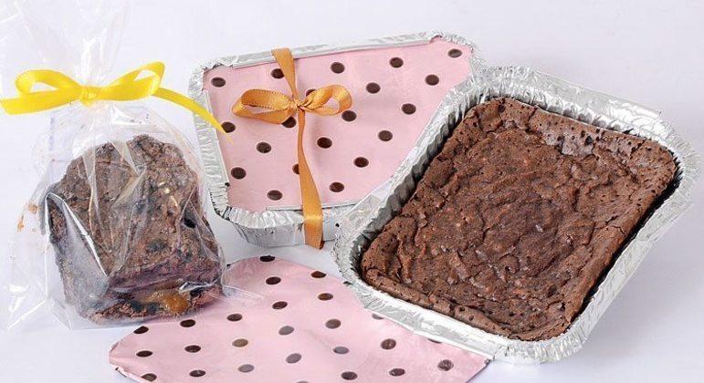 Guia da Cozinha - Receita de brownie recheado na marmita para vender