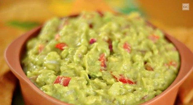 Guia da Cozinha - Receita de guacamole e tortilla de queijo para saborear a qualquer momento