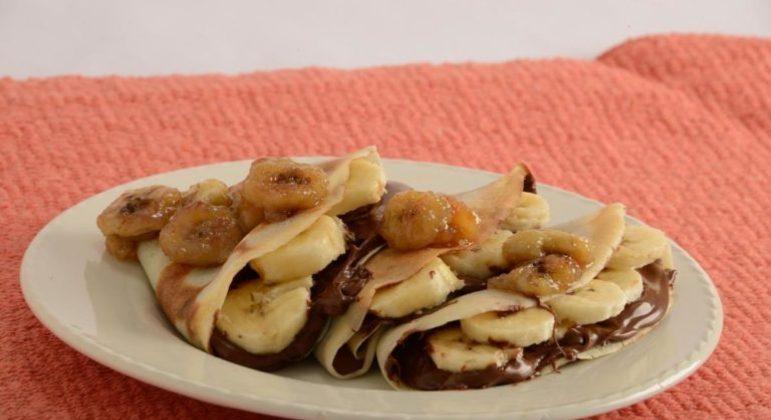 Guia da Cozinha - Receita prática de panqueca de banana com Nutella®
