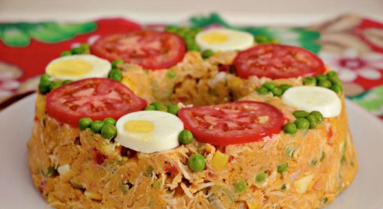 Guia da Cozinha - Receita tradicional e deliciosa de cuscuz de frango