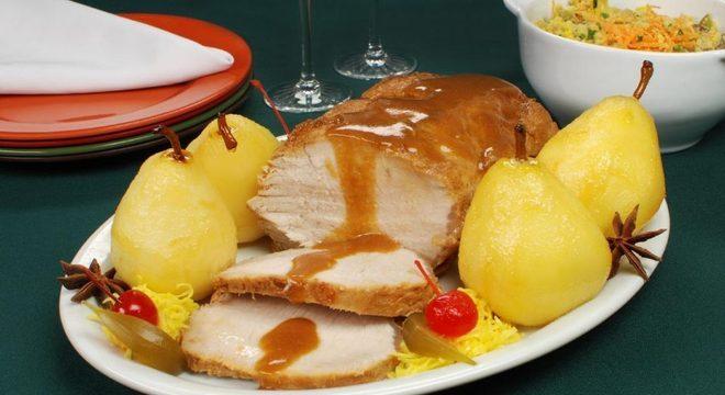 Guia da Cozinha - Receitas com pera para quem não dispensa pratos saborosos e sofisticados