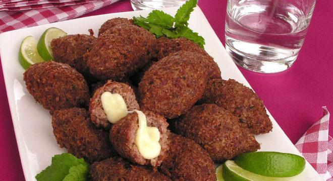 Guia da Cozinha - Receitas com recheio de muçarela: confira 9 opções deliciosas