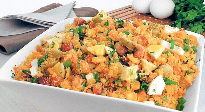 Guia da Cozinha - Receitas de farofa fáceis para um cardápio rápido e delicioso