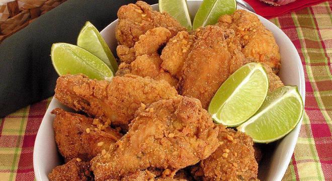 Guia da Cozinha - Receitas de frango frito para refeições econômicas