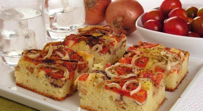 Guia da Cozinha - Receitas de torta de sardinha para fazer na Páscoa