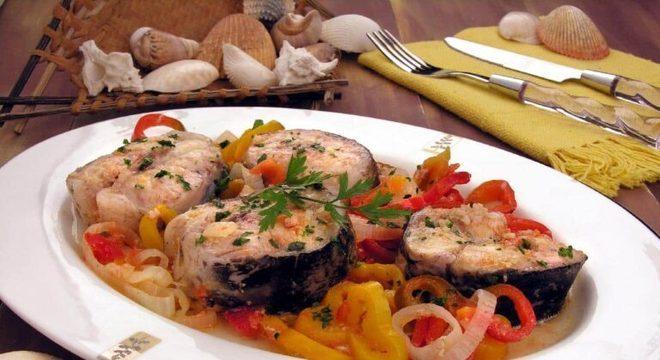 Guia da Cozinha - Receitas deliciosas de pintado para variar no jantar de hoje