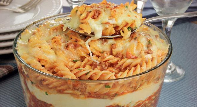 Guia da Cozinha - Receitas diferentes de escondidinho para provar no almoço