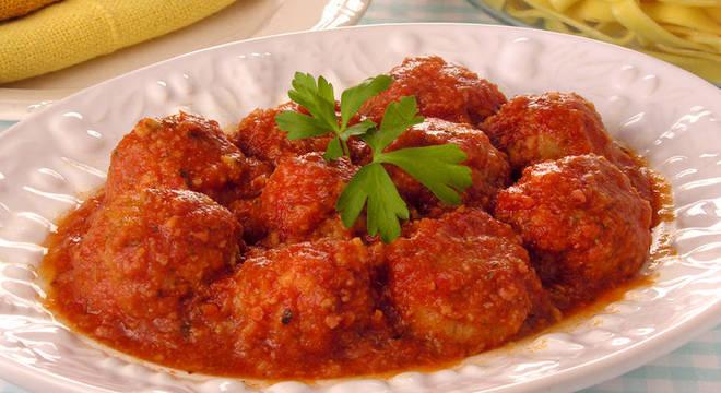Guia da Cozinha - Receitas saborosas com salsicha para quem tem pouco tempo livre