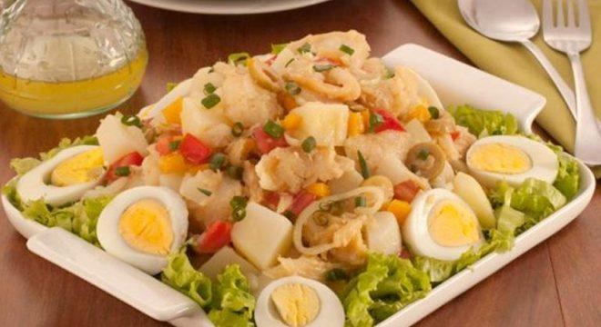 Guia da Cozinha - Salada de bacalhau e ovos