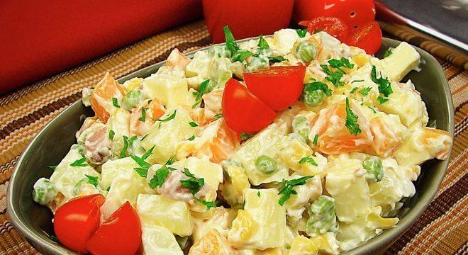 Guia da Cozinha - Salada de maionese com queijo