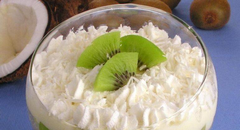 Guia da Cozinha - Sobremesas com kiwi: 5 receitas doces com a fruta de outono